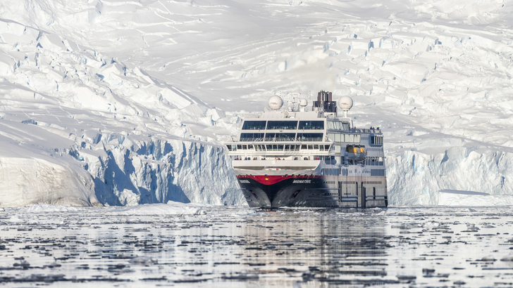 Dra på tur med Hurtigruten med Boreal Reiser.