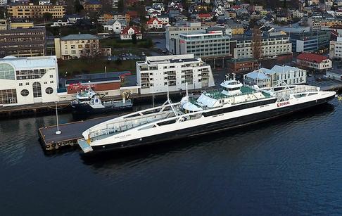 MF Karlsøyfjord